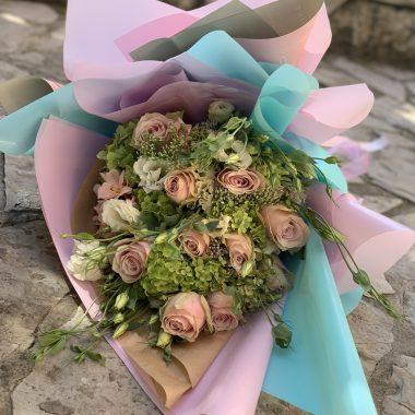 Buket sa roze ruzama